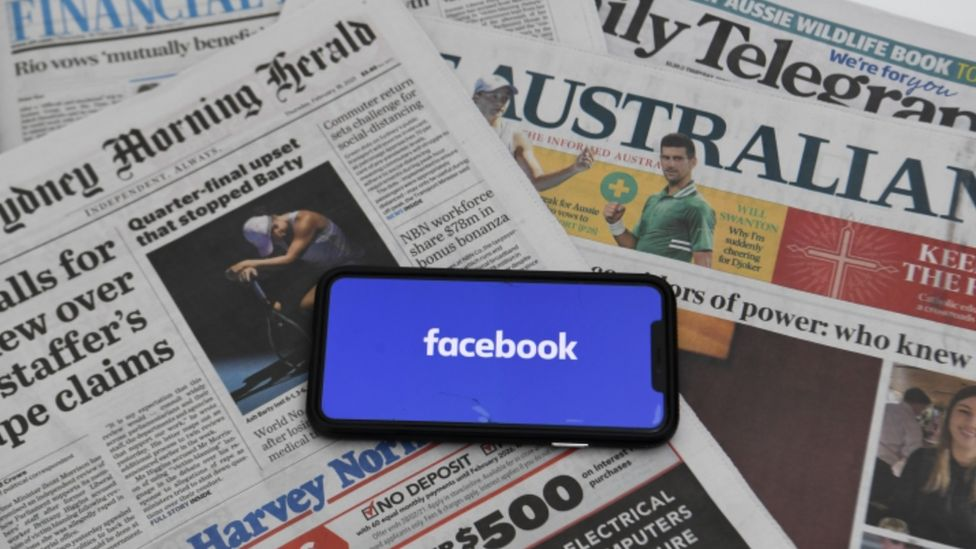 Facebook reverses ban on news pages in Australia - BBC News