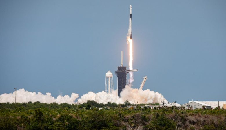 Axiom finalizing agreements for private astronaut mission to space station  – Spaceflight Now