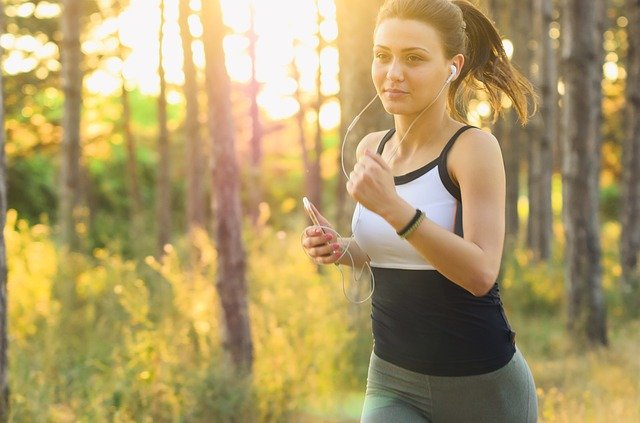 6 Things to do on Daily Basis to Stay Fit and Healthy - GCC Exchange